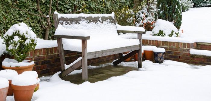 Gartenmöbel winterfest machen: 11 Tipps, mit denen die Möbel im Frühjahr wieder genauso frisch aussehen wie im letzten Jahr! ( Foto: Shutterstock-Paul Maguire)