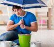 Klempner-Notdienst: Kosten & Zuschlag. So vermeiden Sie Abzocke und Wucher! ( Foto: Shutterstock-Elnur)