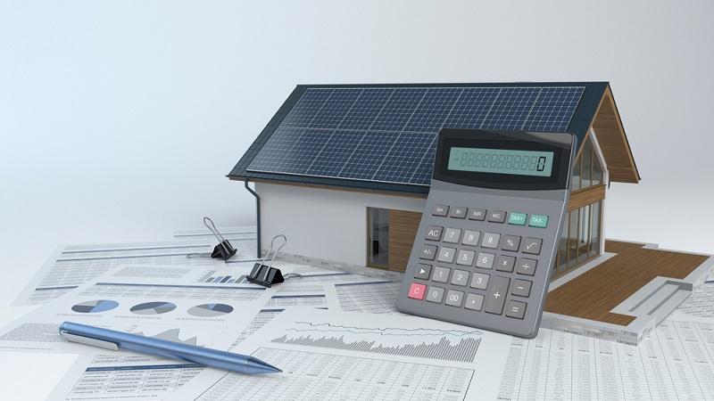 Mit allen wichtigen Informationen ist es dem Fachmann möglich die Größe der Anlage zu berechnen. ( Foto: Shutterstock-Studio Harmony_)